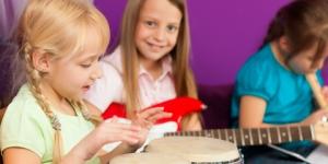 du kan gjennomføre et arrangement for barn som en innsamling for verdige smil